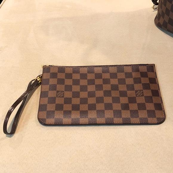 116d3a1c9256 Louis Vuitton Handbags - Louis Vuitton Damier Ebene Neverfull MM Pochette